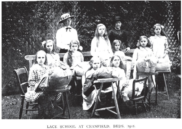 Lace School at Cranfield, Beds. 1918 | Image from Thomas Wright, The Romance of the Lace Pillow, 1919
